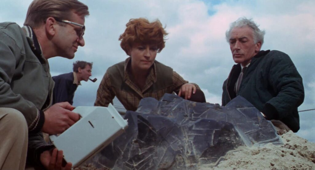 They Came from beyond Space - a kitsch B-movie on blu-ray reviewed