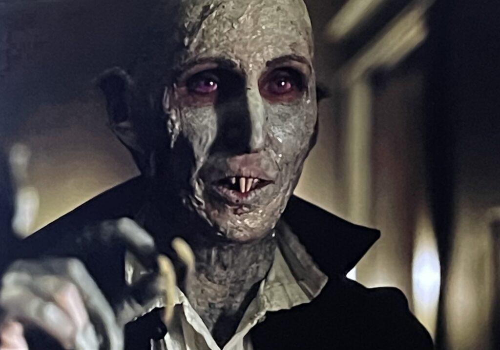 Jakob's Wife - Scream queen Barbara Crampton is a subversive vampire!