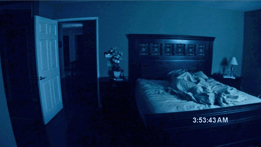 Paranormal Activity - LIMITED EDITION BLU-RAY - it's still hugely scary!