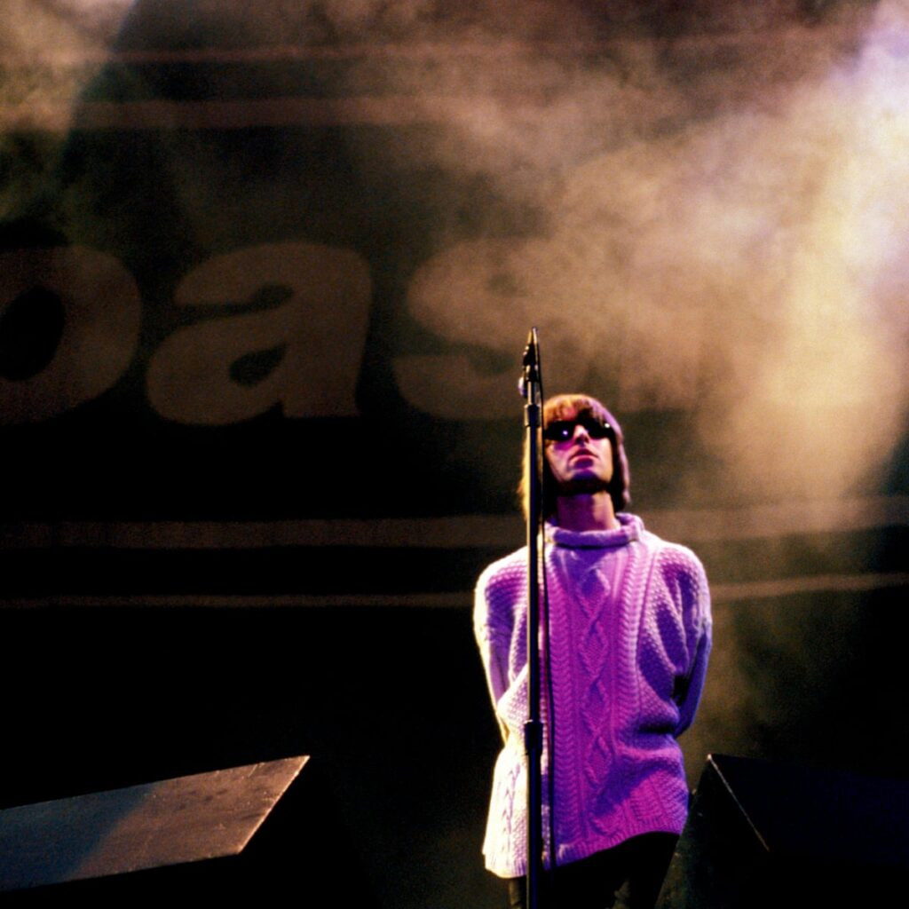 Oasis Knebworth 1996 - a superb documentary about the iconic gig!